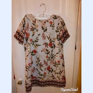 Cute flowery summer tunic dress